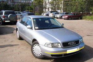 Audi-A4-002