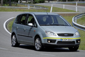 Ford-C-Max-003