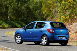 Dacia-Sandero-001
