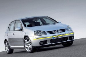 Volkswagen-Golf-003