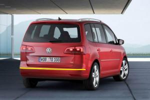 Volkswagen-Touran-001