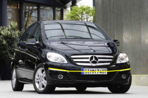 Mercedes-B-004