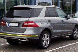 Mercedes-Benz-ML-001