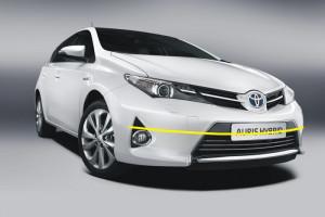 Toyota-Auris-Hybrid-003