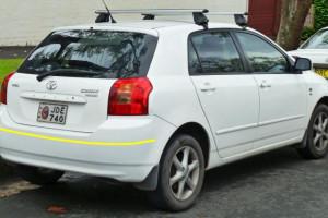 Toyota-Corolla-hatchback-001