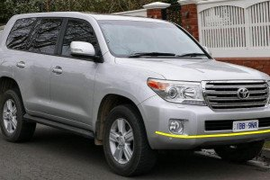 Toyota-Land-Cruiser-005