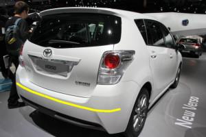 Toyota-Verso-001