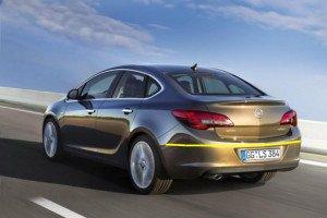 Opel-Astra-Sedan-002