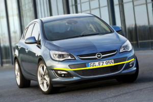 Opel-Astra-sports-tourer-002