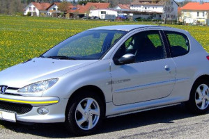 Peugeot-206-004