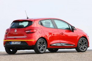 Renault-Clio-006