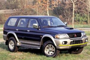 Mitsubishi-Pajero-008