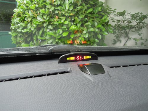 Invisible electromagnetic parking sensors: display on dashboard